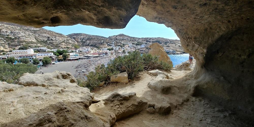 Matala grotten